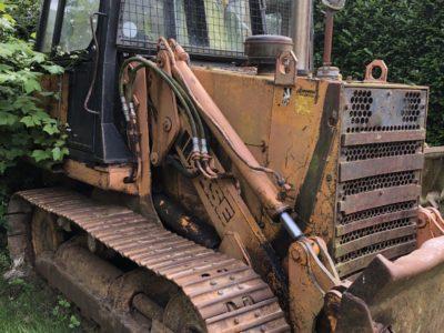 Tracked CASE 850 Bulldozer